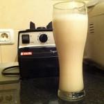 Laptele de nuci ideal la micul dejun